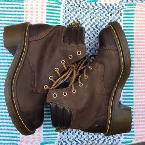 """Dr. Martens """"Alexandra"""" Brown Heel Boots 7US"""